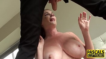 罗马尼亚肛门第一次给她的吹箫强迫