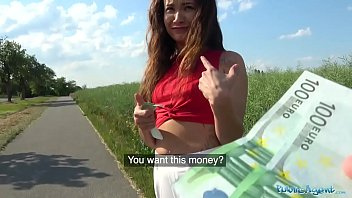 Whore Paid To Fuck In A Field