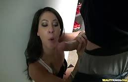 Kali Kavalli Sucks The Dick Of A Bald Guy
